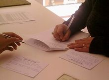 Contracts-notary-signing.jpg