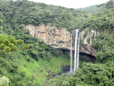 Caracol waterfall.jpg