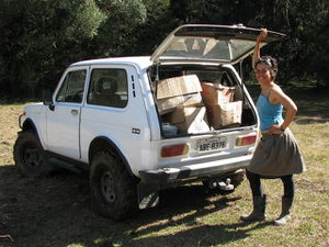 Beth and nivinha ready to unload.jpg